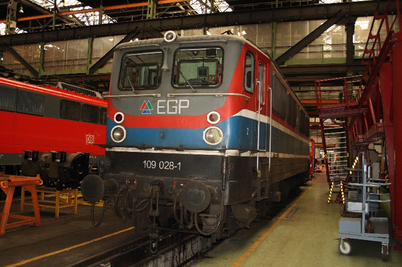 http://www.eisenbahndet.de/DSO/AwDessau109028-120909.jpg