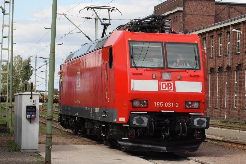 http://www.eisenbahndet.de/DSO/AwDessau185031-120909.jpg